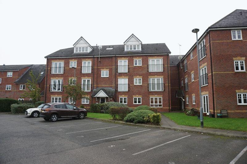 2 Bedrooms Apartment Flat for sale in Chelburn Court, Cale Green