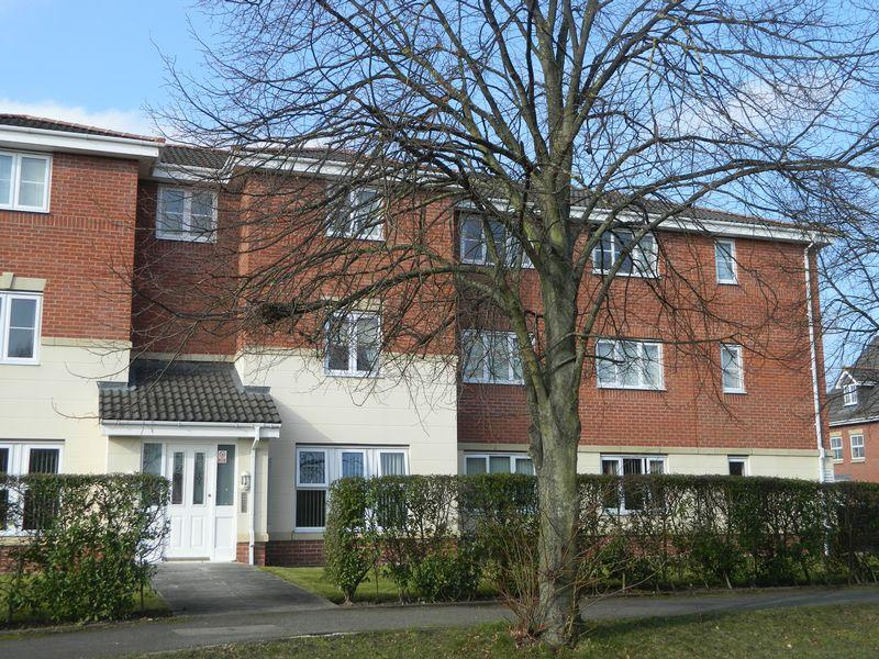 3 Bedrooms Apartment Flat for sale in School Lane, Sandbach