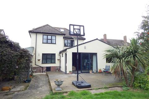 4 bedroom detached house to rent - Norwich