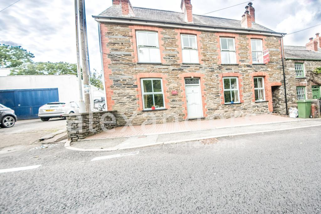 5 Bedrooms Detached House for sale in Furnace, Machynlleth