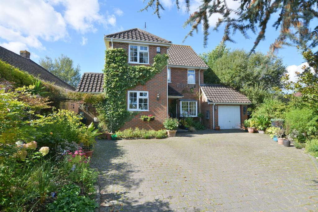 3 Bedrooms Detached House for sale in Ridgeway, West Parley