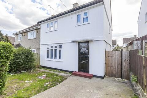 3 bedroom semi-detached house to rent - Montgomery Crescent, Harold Hill, Romford