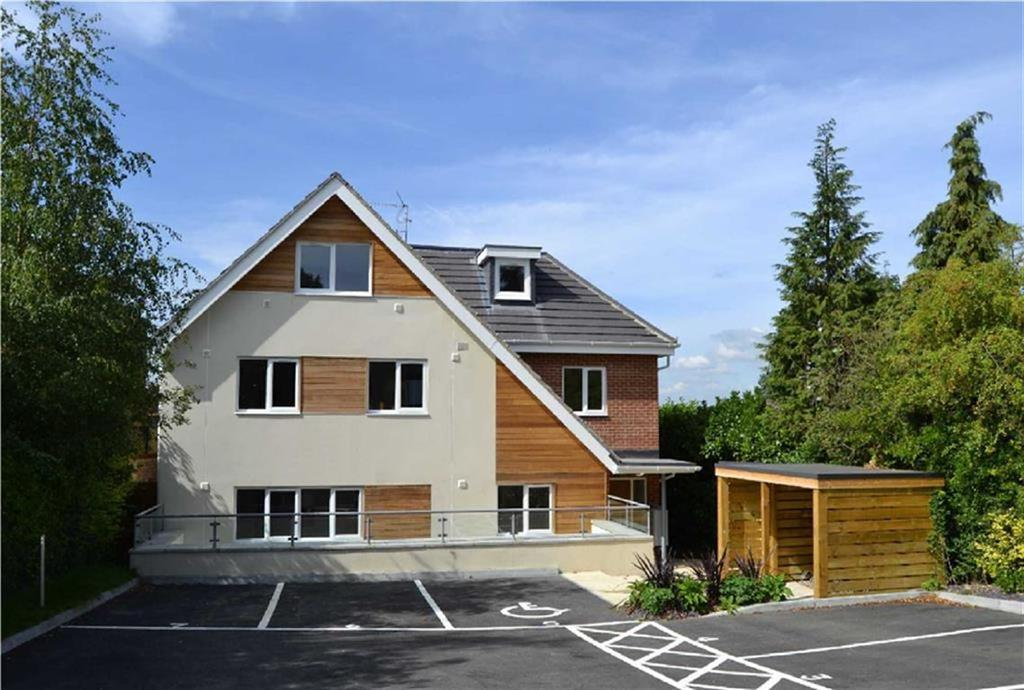 1 Bedroom Flat for sale in Great North Road, New Barnet, Hertfordshire