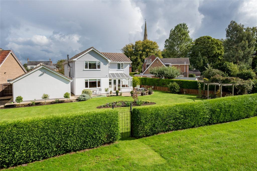 4 Bedrooms Detached House for sale in Somerby Close, Moulton, PE12