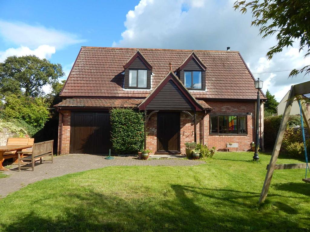 4 Bedrooms Detached House for sale in Station Road, Chard Junction, Chard