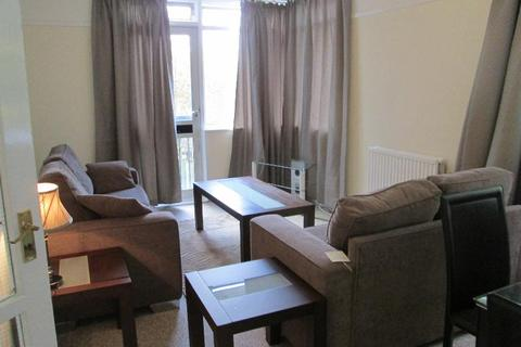 2 bedroom apartment to rent - Mansfield Heights, East Finchley, London N2