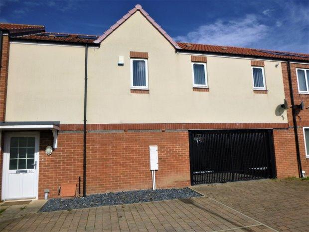 2 Bedrooms Flat for sale in CANMORE, MILL HILL, SUNDERLAND SOUTH