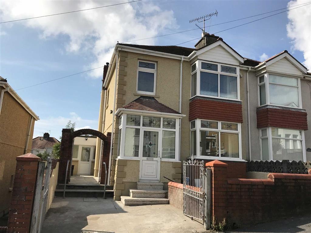 3 Bedrooms Semi Detached House for sale in Highmead Avenue, Felinfoel, Llanelli