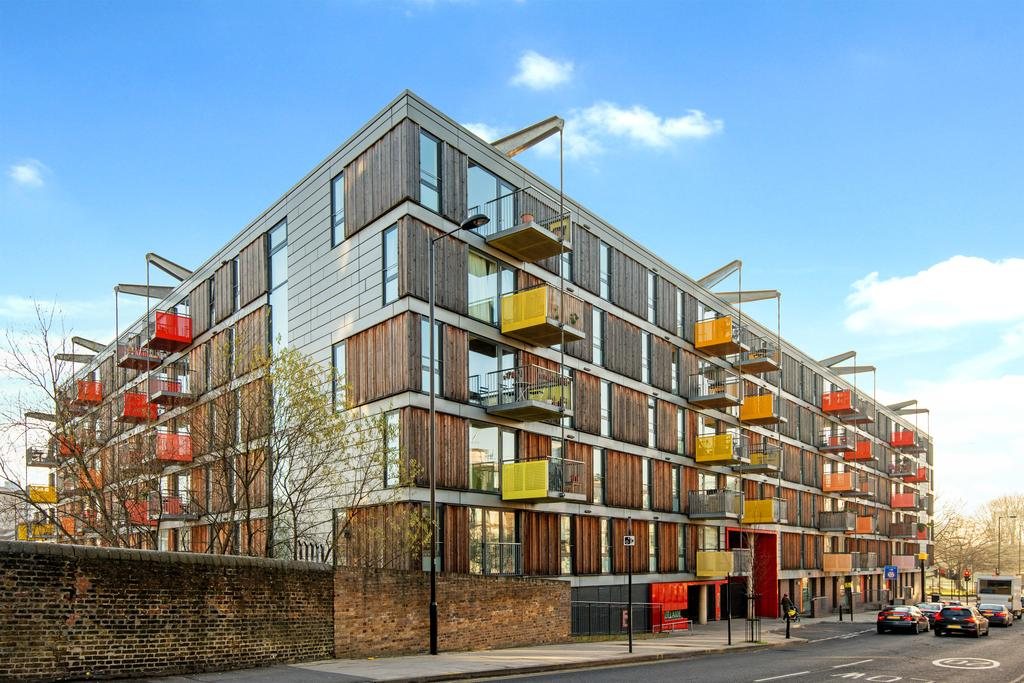 2 Bedrooms Apartment Flat for sale in Adelaide Wharf, Queensbridge Road, Hackney, London E2