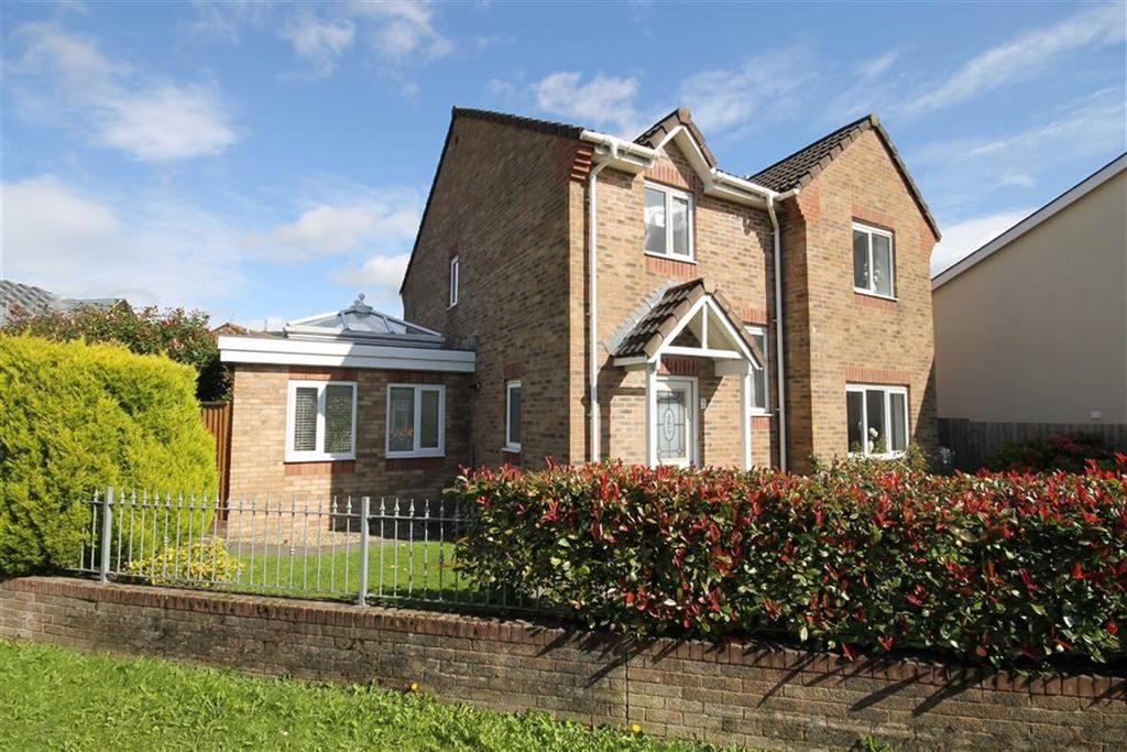 4 Bedrooms Detached House for sale in Clos Pandy, Bedwas, Caerphilly, CF83