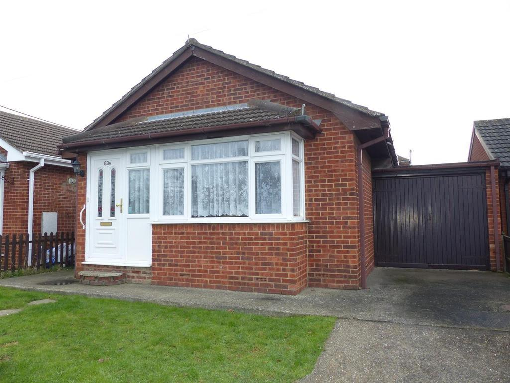 1 Bedroom Bungalow for sale in May Avenue., Canvey Island