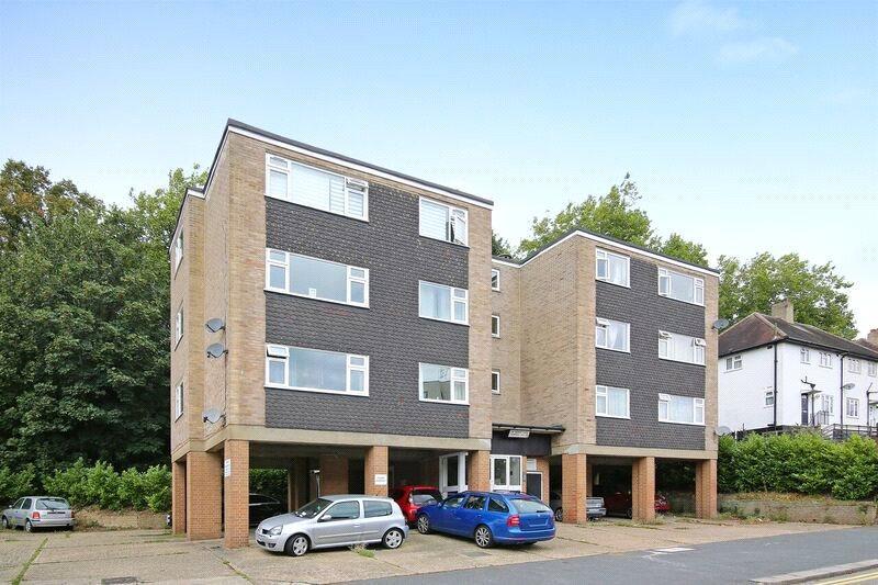 2 Bedrooms Flat for sale in Downes House, 34 Violet Lane, Croydon, CR0