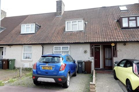 2 bedroom terraced house for sale - Downing Road, Dagenham RM9