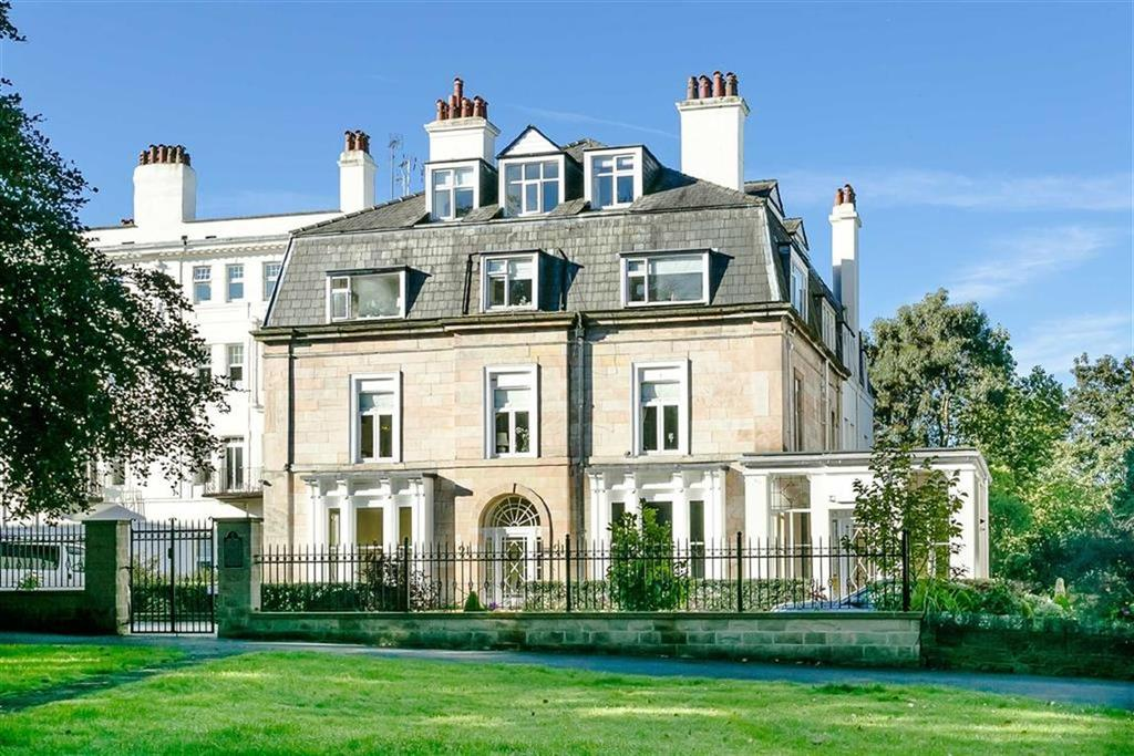 3 Bedrooms Apartment Flat for sale in Victoria Road, Harrogate, North Yorkshire