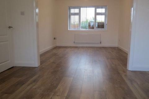 3 bedroom house to rent - Churchill Crescent, Redish, Stockport, Manchester sk5