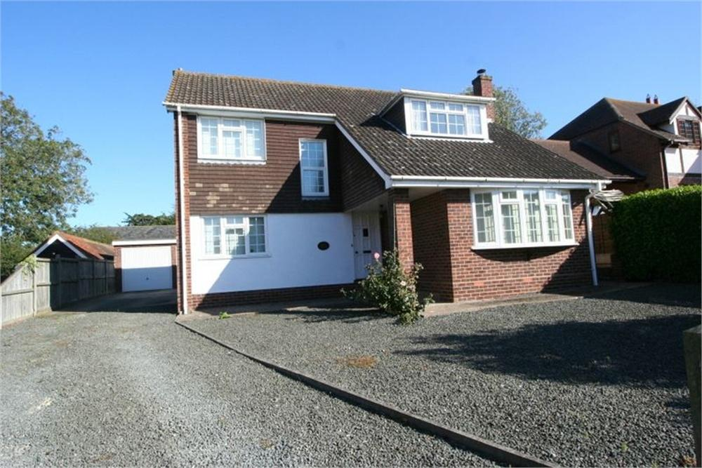 4 Bedrooms Detached House for sale in 6 Chartfield Drive, Kirby-le-Soken, FRINTON-ON-SEA, Essex