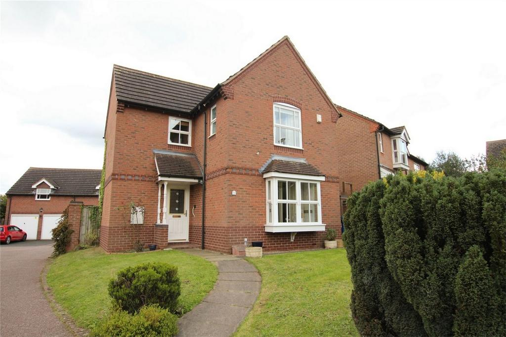 3 Bedrooms Detached House for sale in Deans Slade Drive, Lichfield, Staffordshire