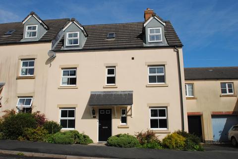 4 bedroom terraced house for sale - Snowdrop Crescent, Launceston