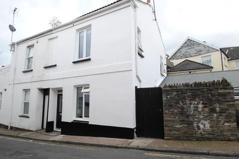 2 bedroom terraced house for sale - Church Street, Braunton