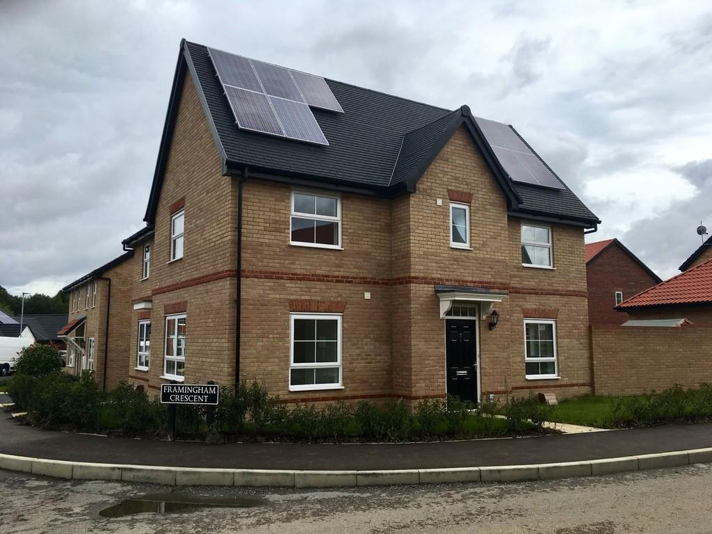 3 Bedrooms Semi Detached House for sale in Poringland, Norwich, Norfolk