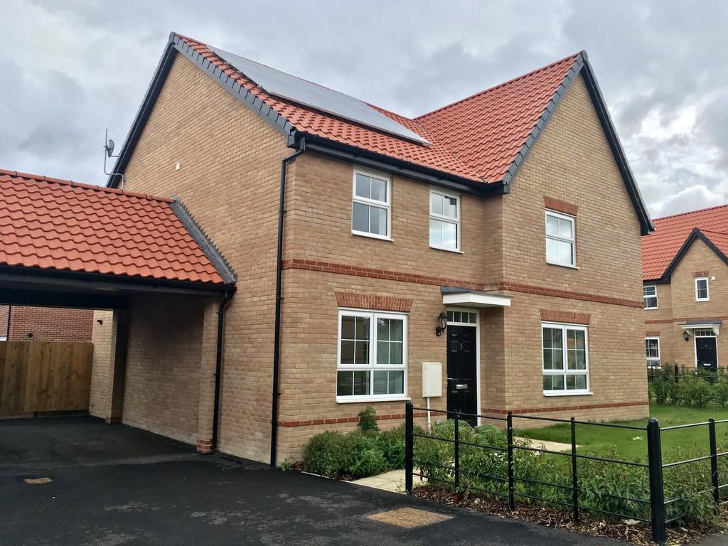 2 Bedrooms Semi Detached House for sale in Poringland, Norwich, Norfolk