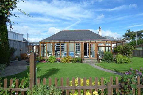 3 bedroom detached bungalow for sale - Chudleigh Road, Kingsteignton, TQ12 3JS