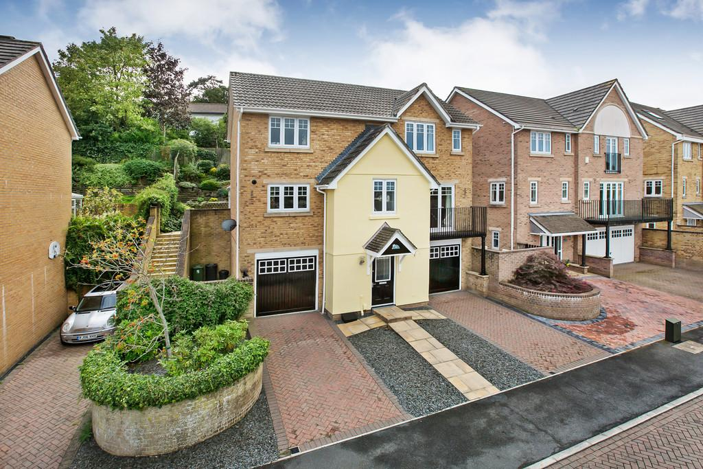 4 Bedrooms Town House for sale in Sandford View, Newton Abbot
