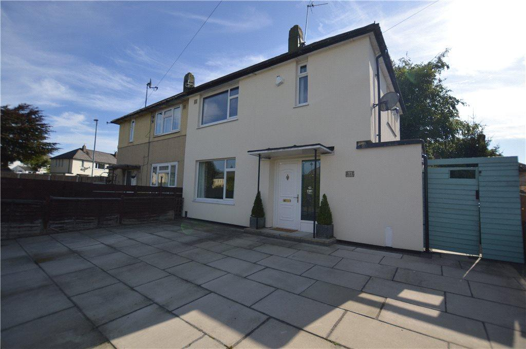 3 Bedrooms Semi Detached House for sale in Tynwald Road, Leeds, West Yorkshire