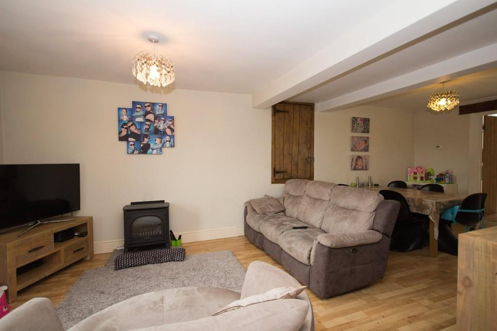 3 Bedrooms Terraced House for sale in Canal Street, Ulverston