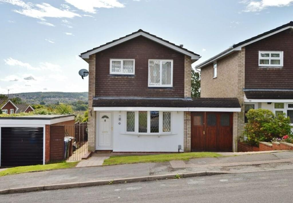 4 Bedrooms Detached House for sale in Waverley Gardens, Etchinghill