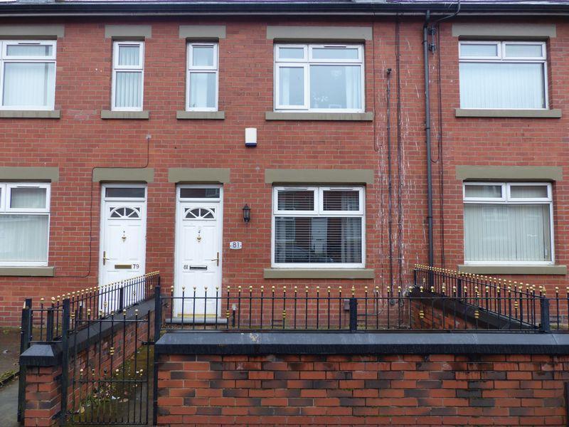2 Bedrooms Terraced House for sale in Vulcan Street, Oldham