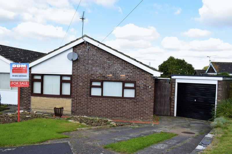 2 Bedrooms Semi Detached Bungalow for sale in Wellbeck Close, Brigg