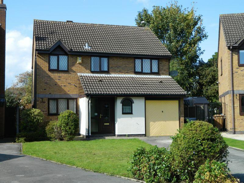 4 Bedrooms Detached House for sale in Crewe