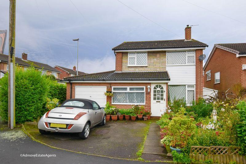 3 Bedrooms Detached House for sale in Grasmere Road, Lymm
