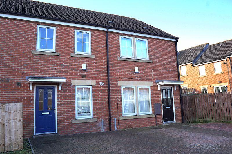 3 Bedrooms Terraced House for sale in The Ridings, Catchgate