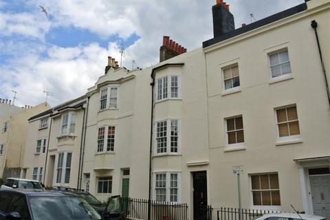 2 bedroom flat to rent - Lower Market Street, Hove, BN3 1AT.