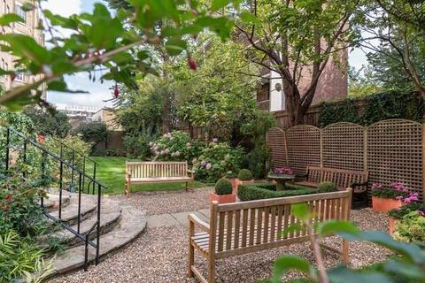 2 bedroom apartment to rent - Pelham Court, Fulham Road, South Kensington, London