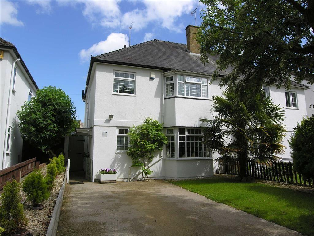 3 Bedrooms Semi Detached House for sale in St Stephens Road, Tivoli, Cheltenham, GL51