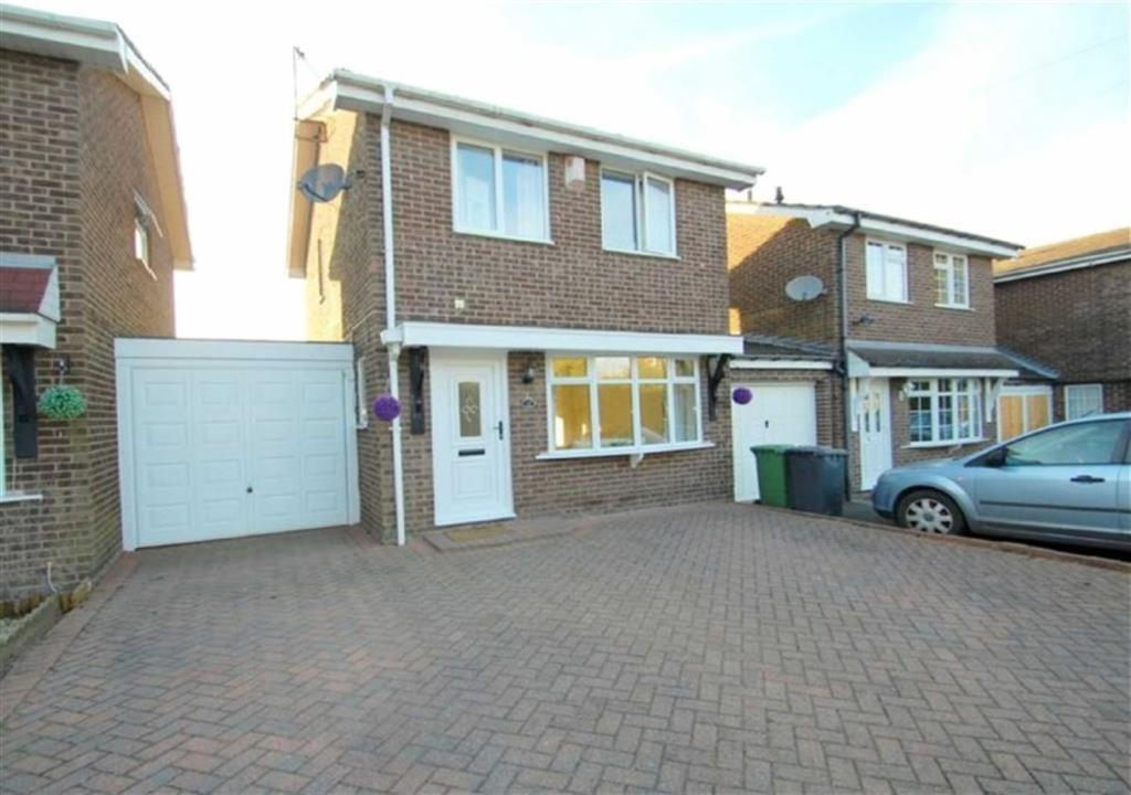 3 Bedrooms Detached House for sale in Stubbs Close, Bedworth