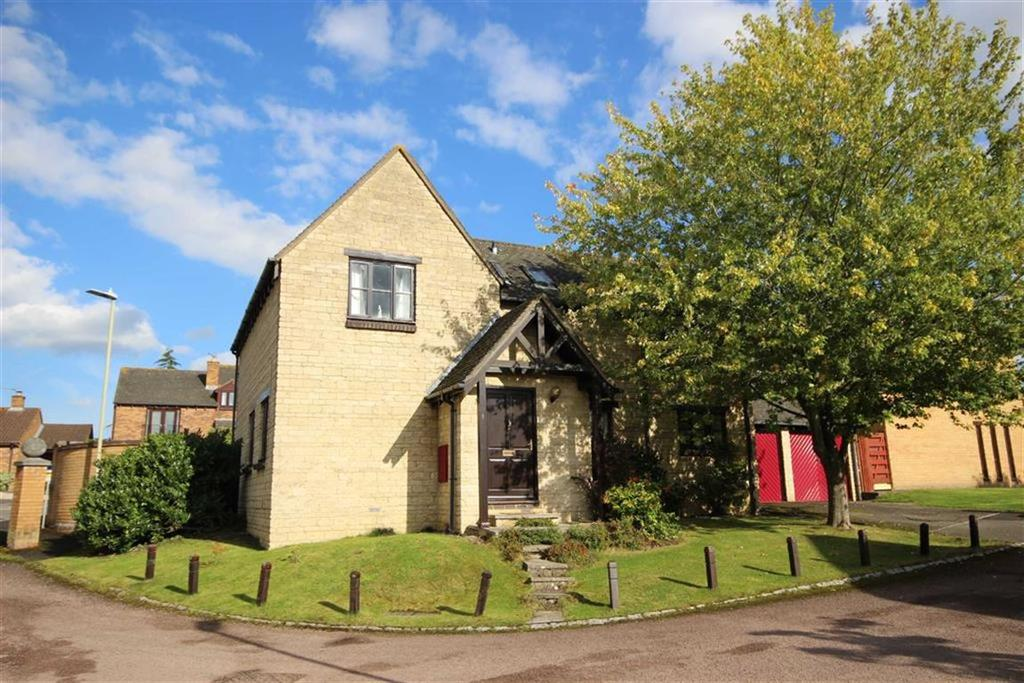 4 Bedrooms Detached House for sale in Chestnut Place, Leckhampton, Cheltenham, GL53