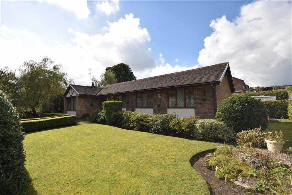 3 Bedrooms Detached Bungalow for sale in Park Avenue, Barrowford, Lancashire