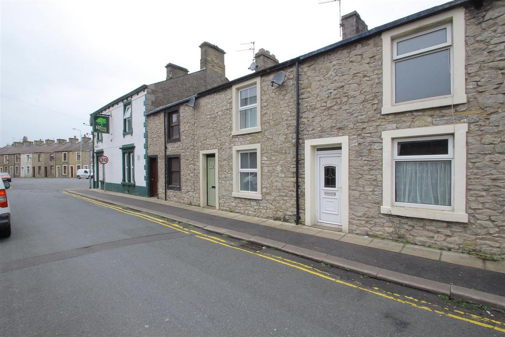 2 Bedrooms Terraced House for sale in Salthill Road, Clitheroe
