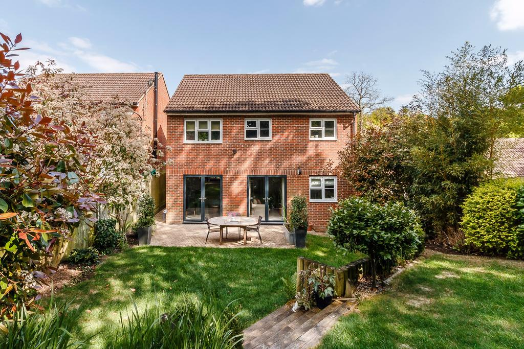 Bed House For Sale Virginia Water
