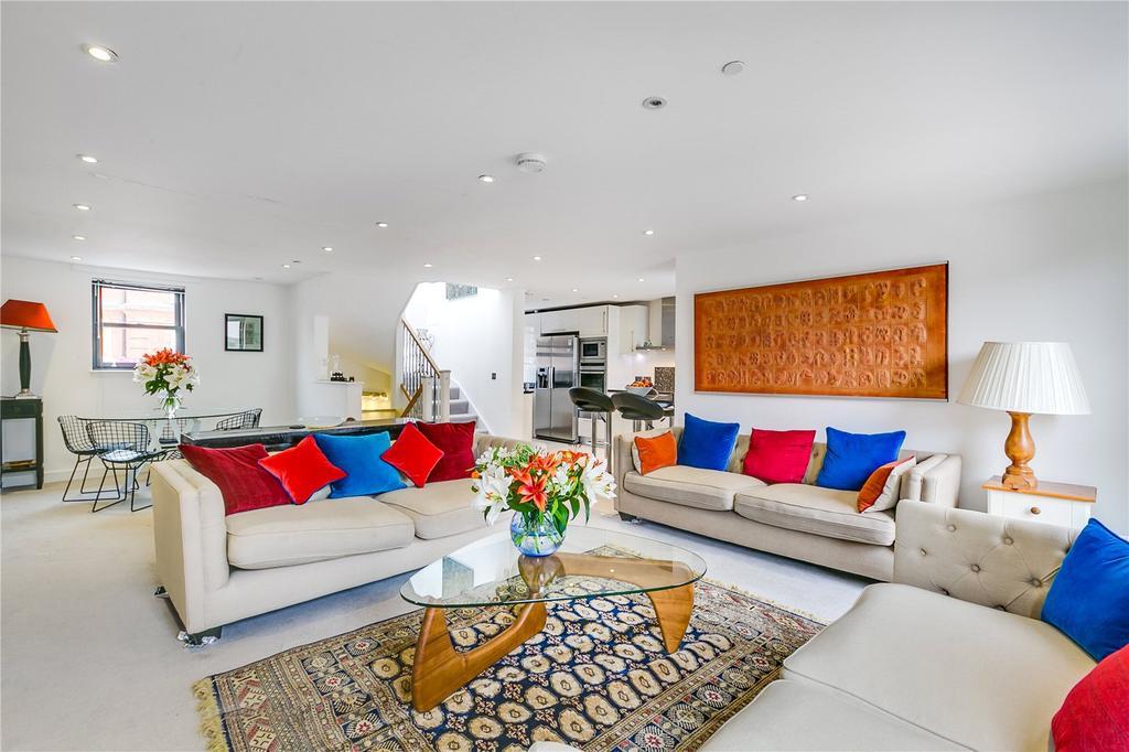 3 Bedrooms Mews House for sale in Raffles Mews, Farm Lane, West Brompton, LONDON