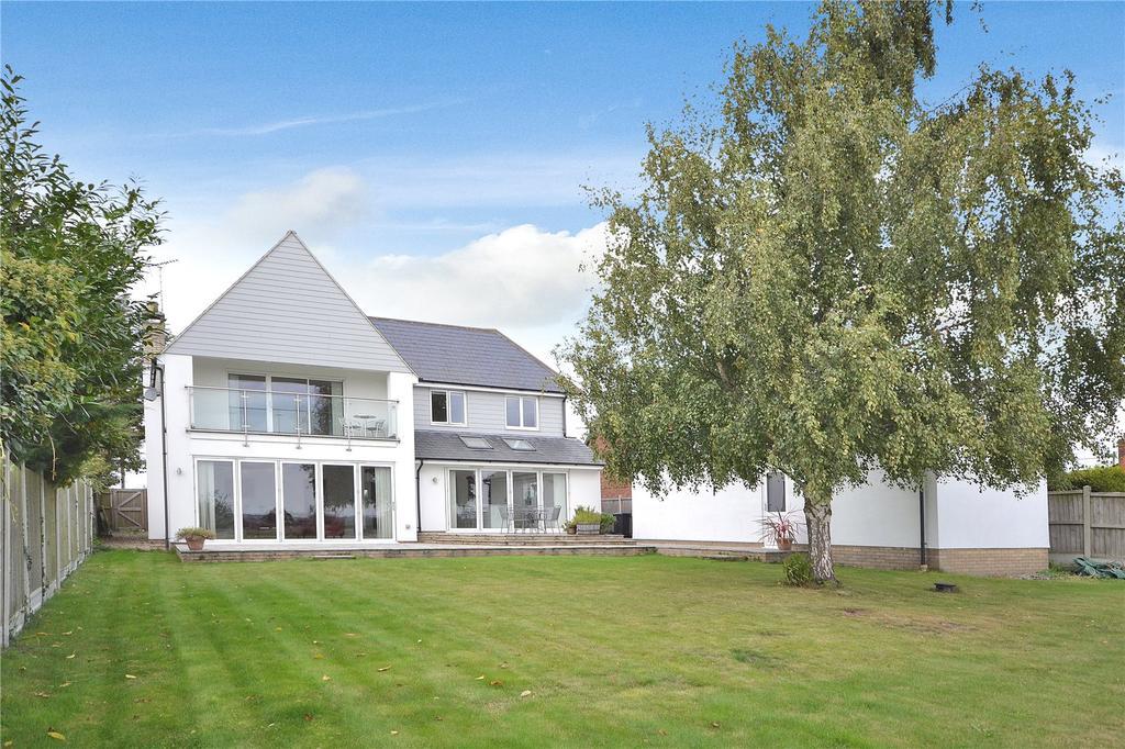 4 Bedrooms Detached House for sale in Fambridge Road, Mundon, Maldon, Essex