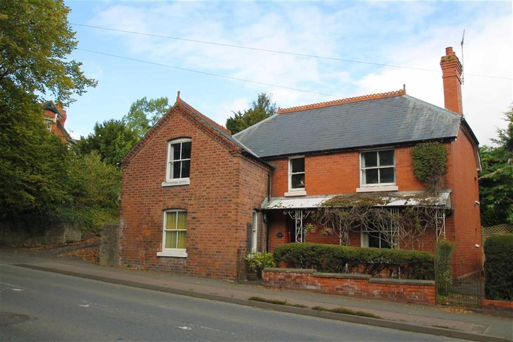 5 Bedrooms Detached House for sale in Bargates, LEOMINSTER, Leominster, Herefordshire