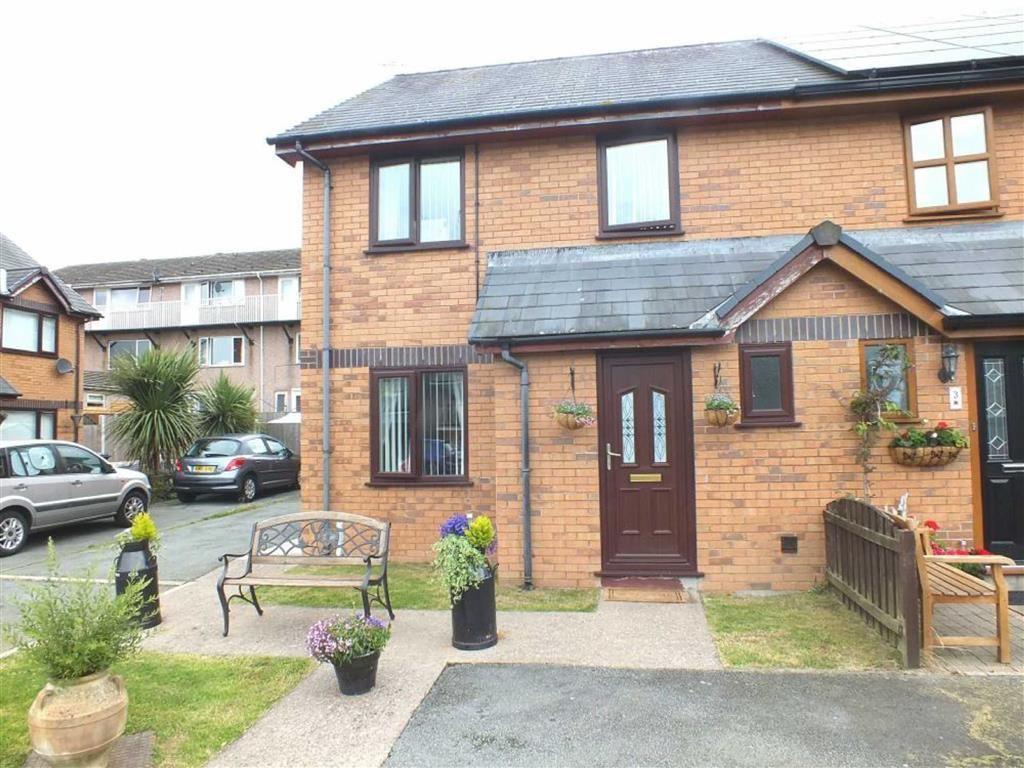 3 Bedrooms Semi Detached House for sale in Henar, Llanrwst, Conwy