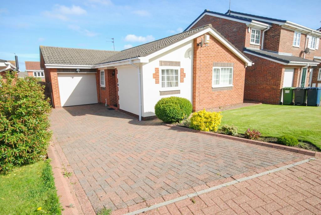 3 Bedrooms Bungalow for sale in Patterdale Close, East Boldon