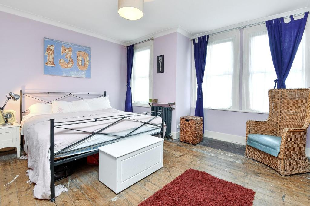 3 Bedrooms Terraced House for sale in Robinson Road, Tooting