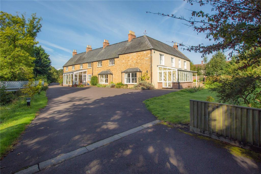 8 Bedrooms Detached House for sale in Broadway, Ilminster, Somerset